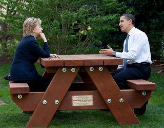 Clinton_obama_picnictable