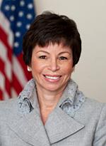 Valerie_Jarrett_official_portrait